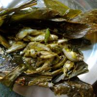 Episode 008 Manipuri Food: Bobby Soram sharing recipe of Nganum (steamed/baked fish) with herbs