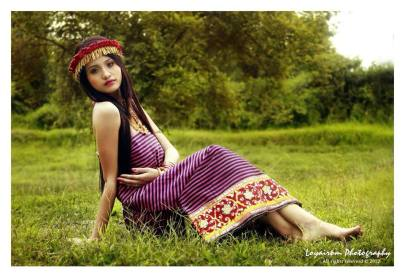 """Sometimes people are beautiful. Not in looks. Just in what they wear"" Traditional Manipuri Mapan Naibi Fanek & Kajenglei"