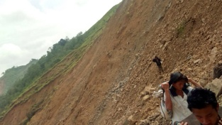 Flood Releif Manipur (4)