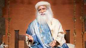 have-you-experienced-god-sadhguru-20091209_NEE_0251-e-1090x613